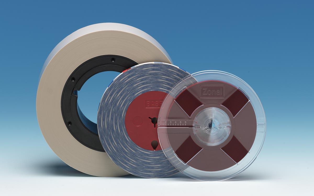 BASF und Zonal Vorlaufbänder in unterschiedlichen Bandbreiten.