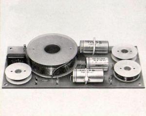 Revox-AX 4-3 Freuqenzweiche mit hochwertigen und alterungsbeständigen Bauelementen