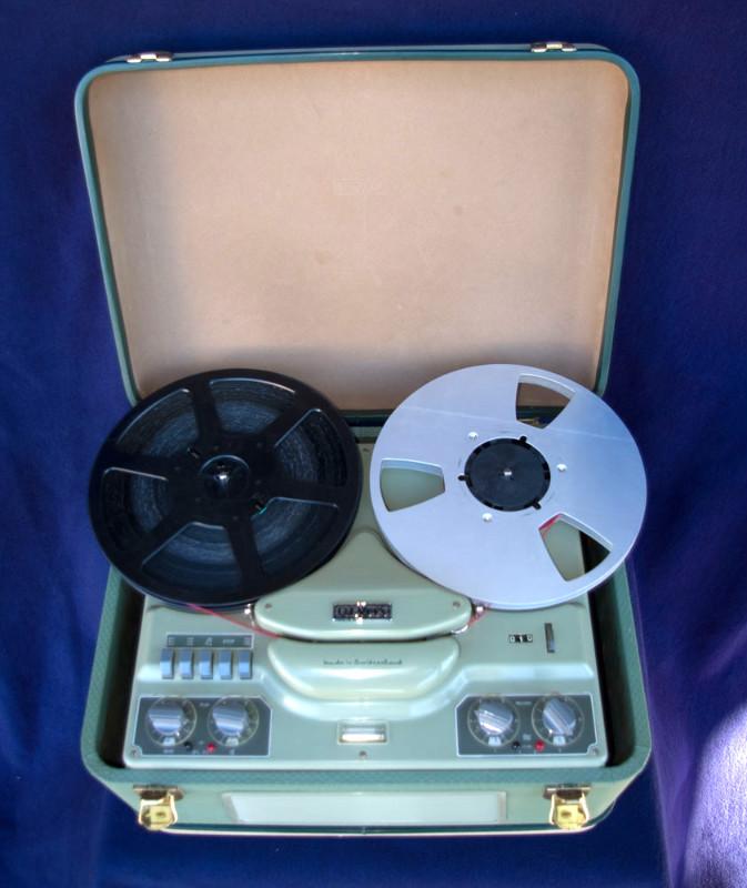 ReVox F36 - eingebaut im Koffer