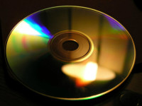 Die Compact-Disc (CD). (Foto: Luis Fernández García / Wikipedia)