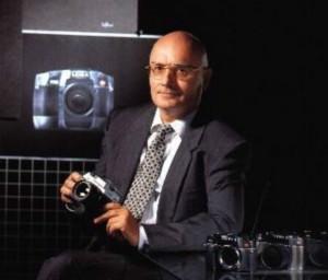 Der STUDER ReVox Designer Manfred Meinzer. Das Foto stammt von Leica World. Denn auch für zahlreiche Produkte der weltweit renomierten Leica-Camera AG ist er der verantwortliche Designer.