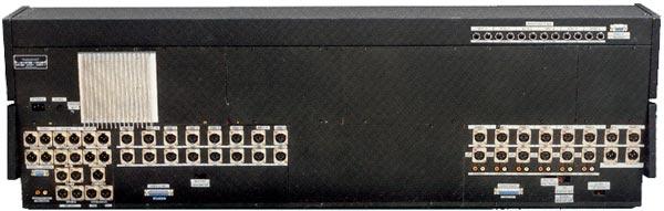 ReVox MB16 - Anschlussmöglichkeiten an der Rückseite des Mischpults.